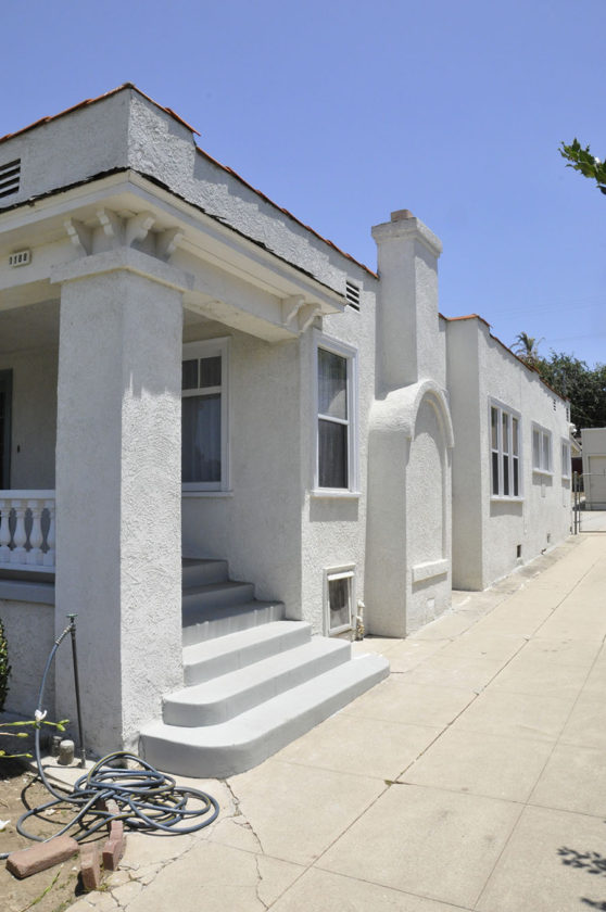 Parson Architecture Los Angeles Modern Architecture Oxford Square Construction Renovation Exterior Stucco